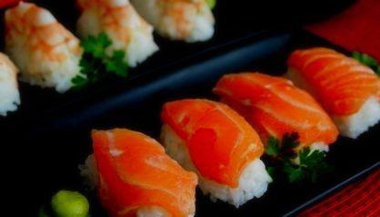 cómo hacer sushi con chuches